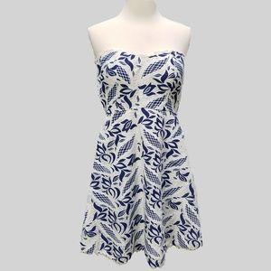 MODCLOTH Minuet Lace Dress Strapless Sweetheart